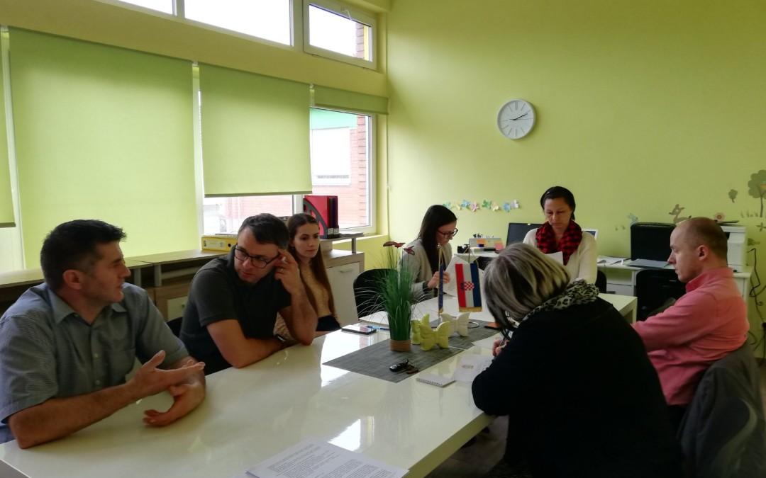 """Održan drugi koordinacijski sastanak u sklopu projekta """"Rastimo, igrajmo se i učimo zajedno! – program poludnevnog boravka za djecu Vukovara"""""""